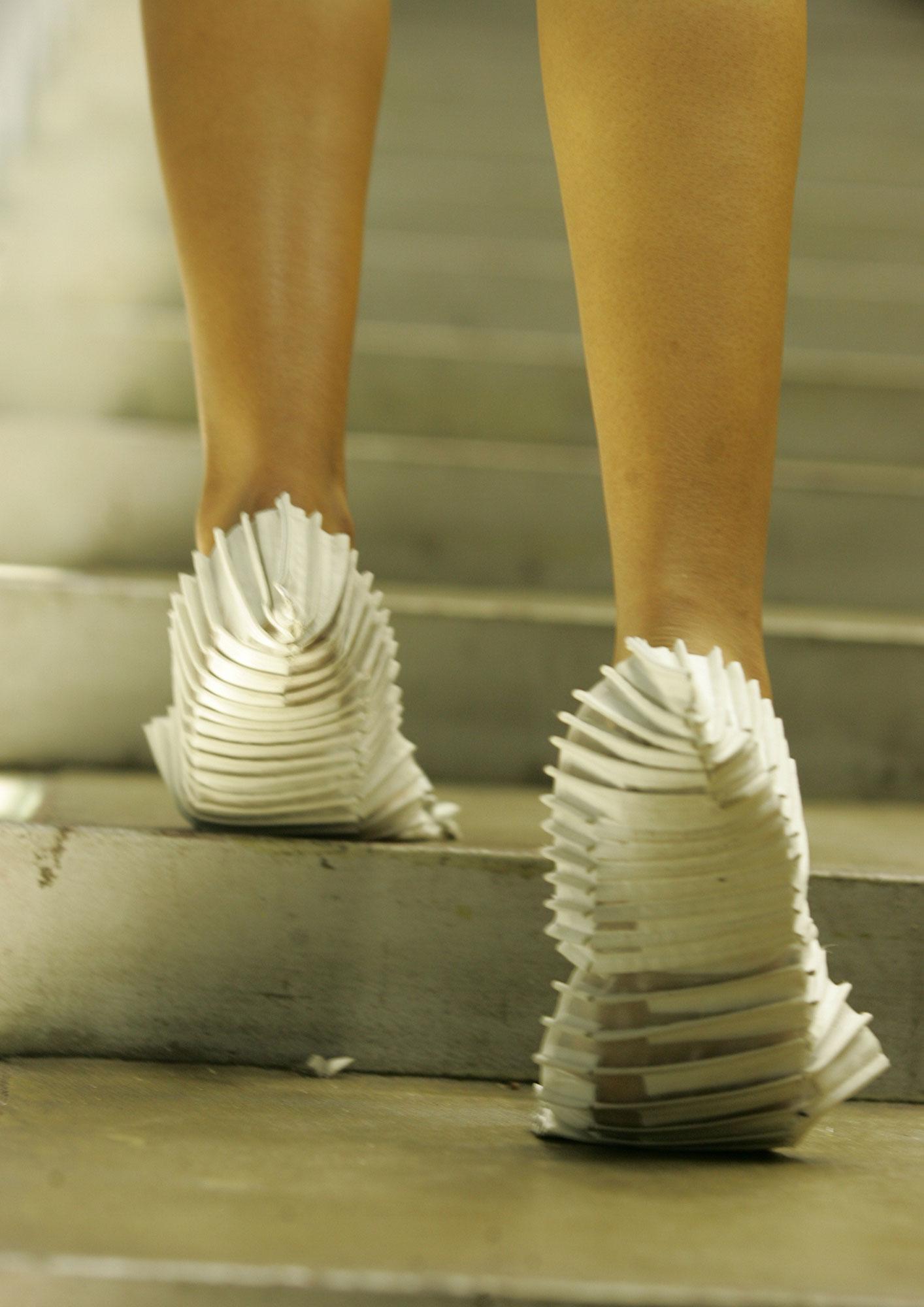 dp-footwear-3